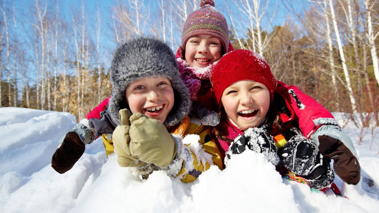 ¡Llegó la nieveeeeeeee! Protege a tus hijos en el invierno