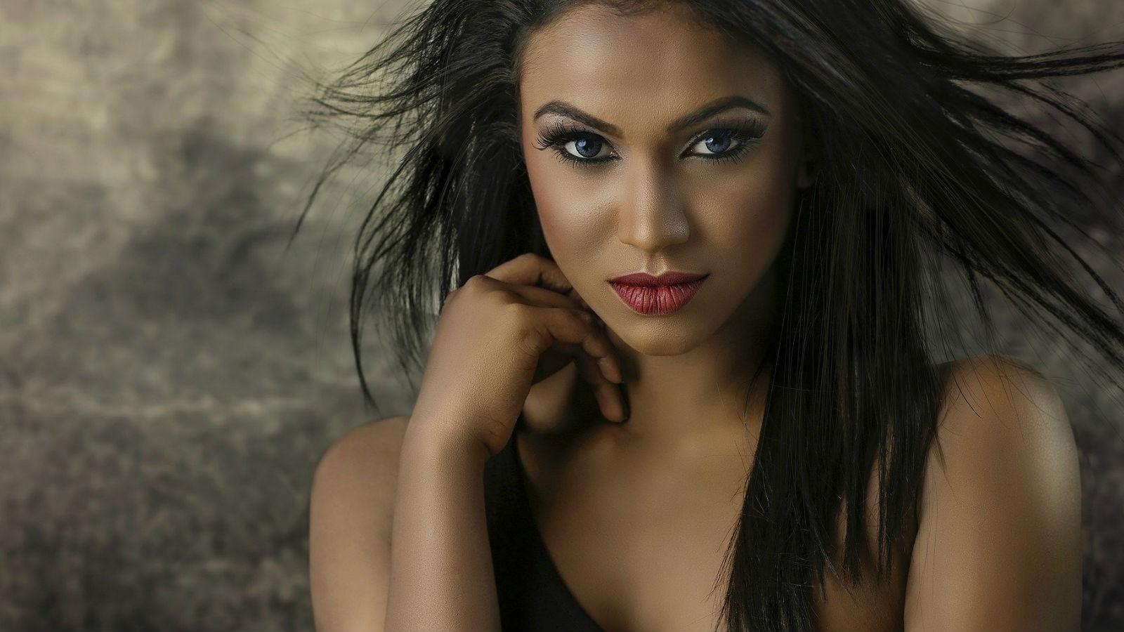 Belleza Latina: cuida tu piel morena y negra