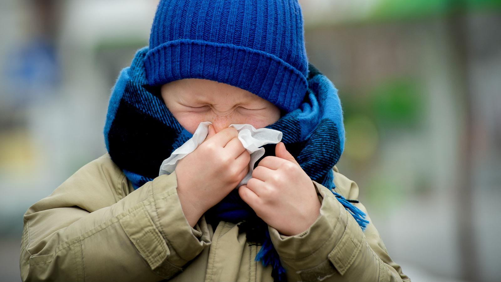 Protege a tu familia de la gripe: un propósito de Año Nuevo que no debes olvidar