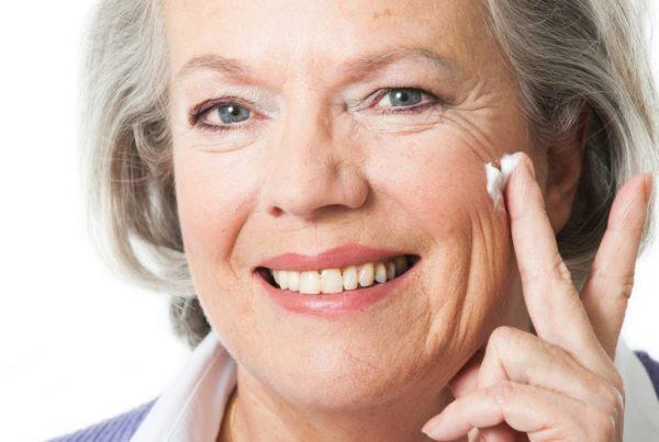 El cuidado de la piel durante la tercera edad