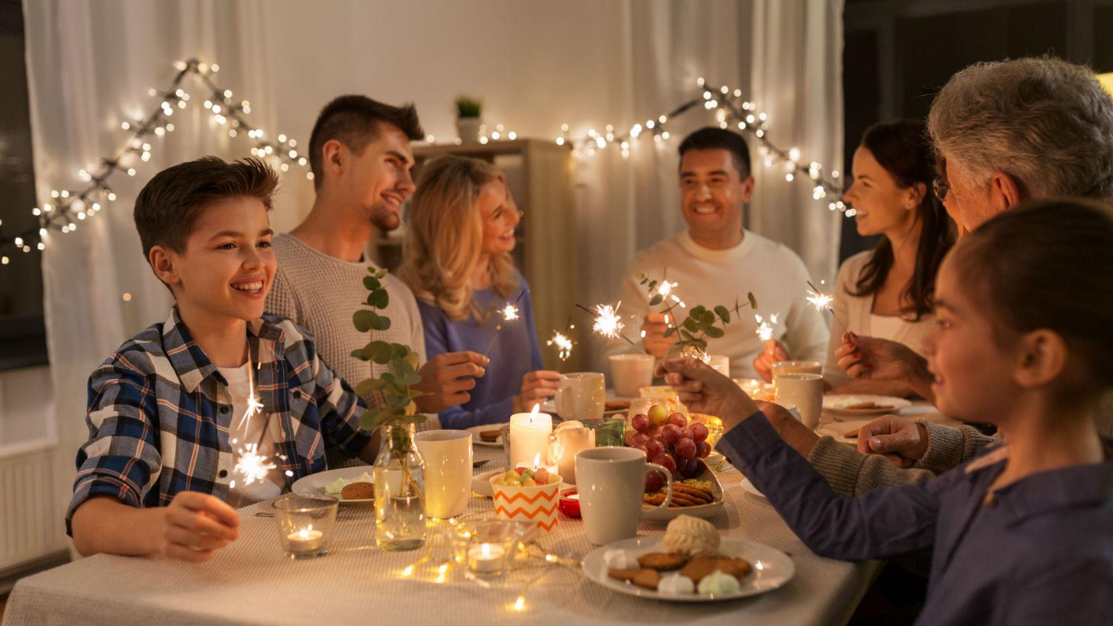 Fiestas divertidas y sanas. Medidas para evitar la contaminación de los alimentos.