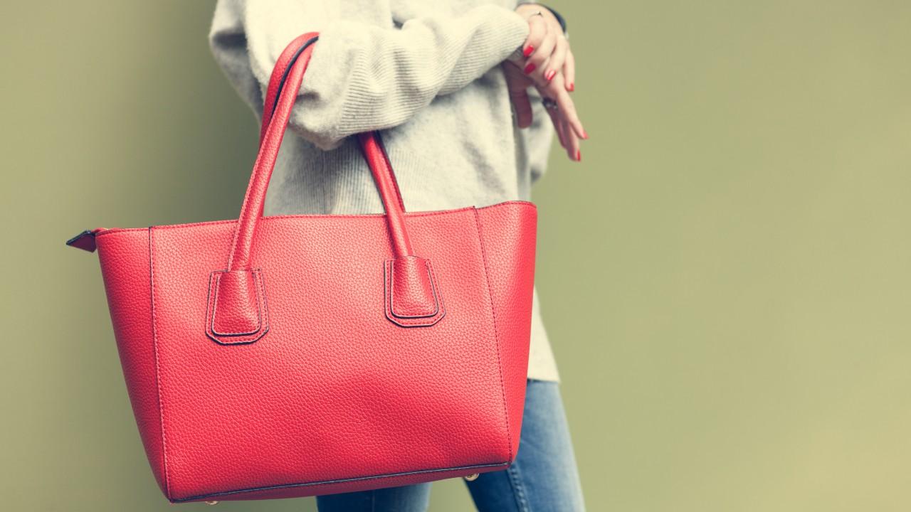 ¿Tu bolso te está enfermando y no te das cuenta?