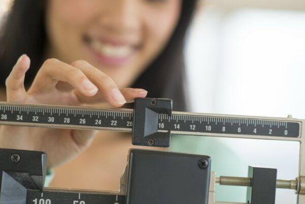 La pérdida de peso, aunque sea poca, beneficia la salud
