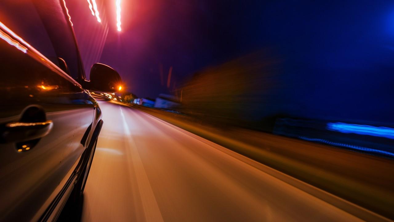 Si no ves bien de noche, ten precaución si conduces