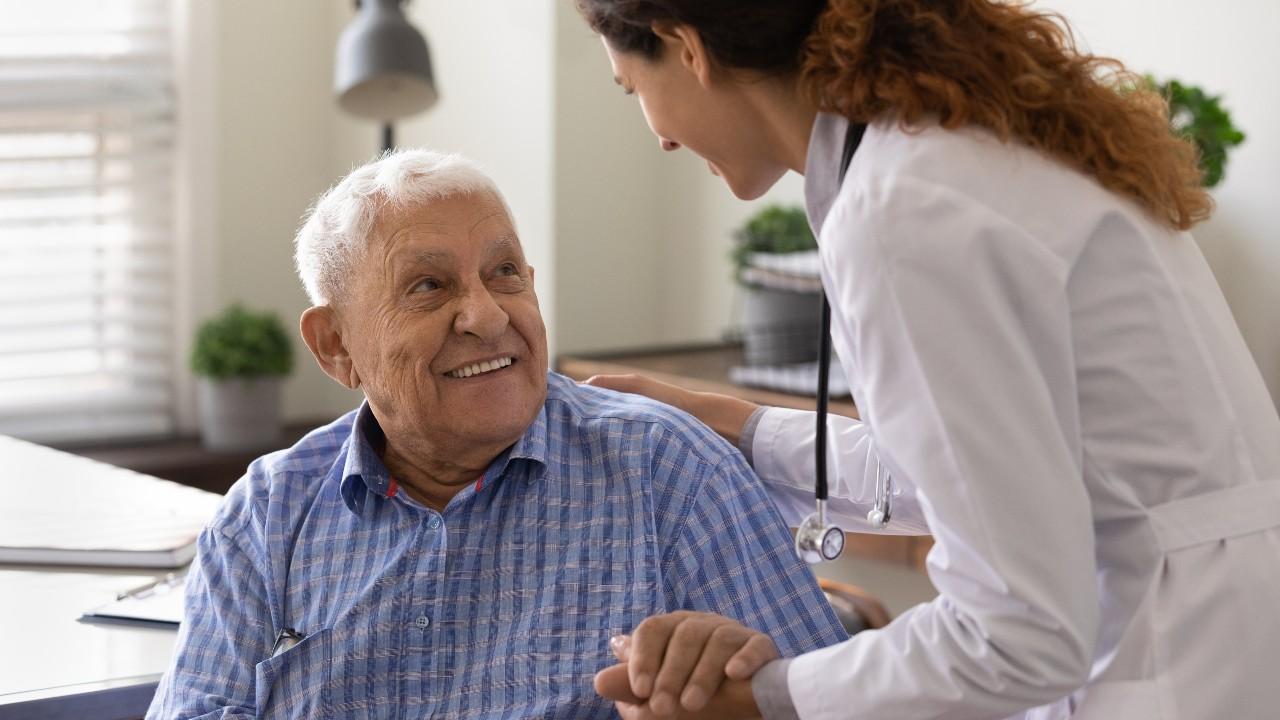 Las personas con Alzheimer son un espejo de las emociones de los demás