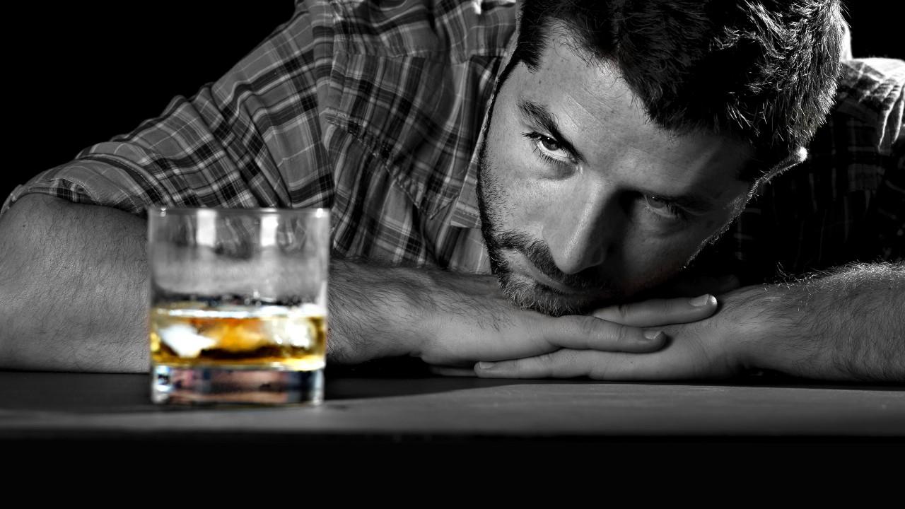 Un tratamiento para la epilepsia ayuda a combatir el alcoholismo