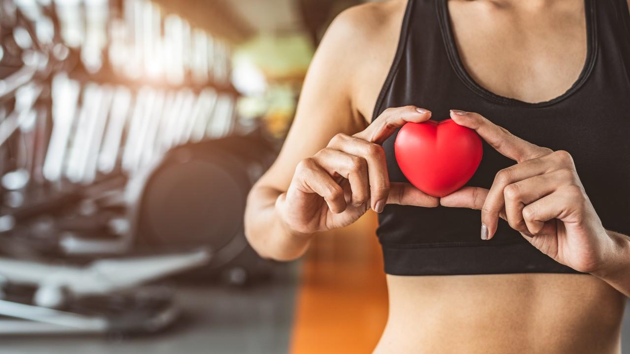 El ejercicio regular ayuda a combatir la hipertensión