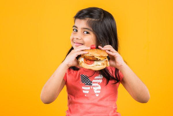 Opciones saludables de comida rápida para los niños
