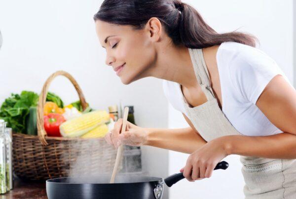 Cocinar en casa te enseña a comer mejor aún cuando vas a restaurante