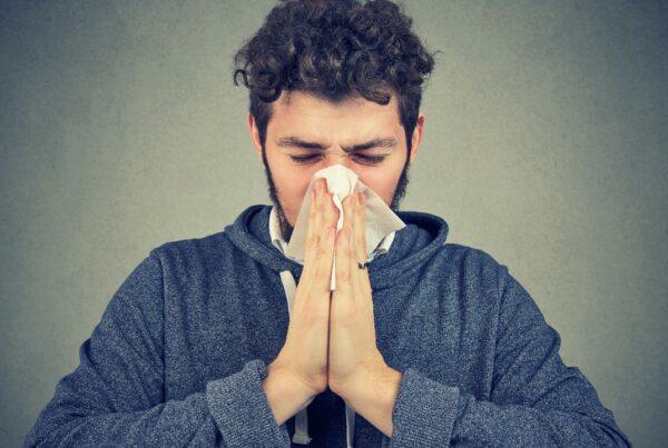 ¿Qué es mejor cuando nos enfermamos: descansar o seguir haciendo ejercicio?