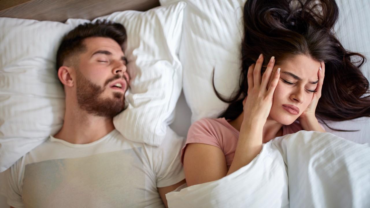 Ese ronquido no es normal… puede ser apnea del sueño
