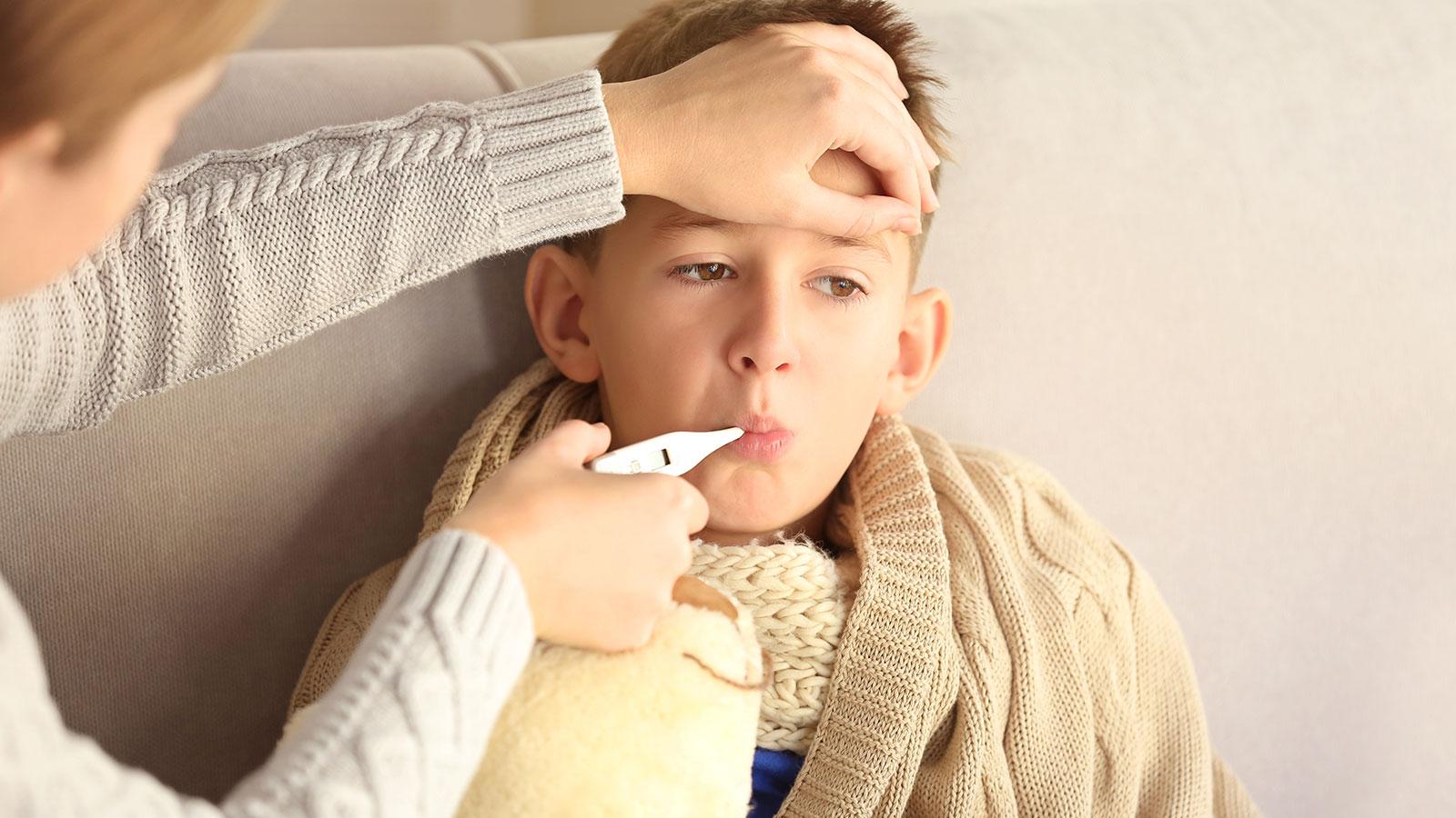 Cómo aliviar los síntomas de la gripe en los niños