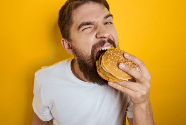 ¿Por qué llaman la atención las comidas que más engordan?