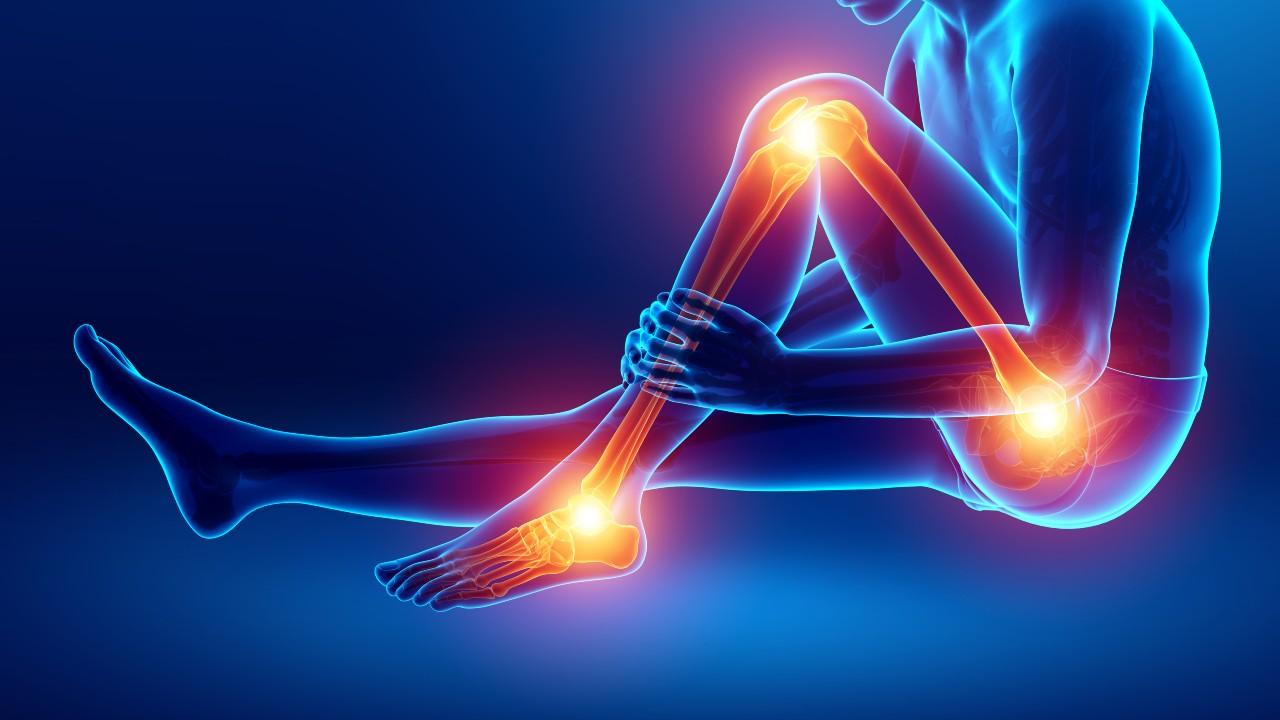 Por qué es importante mantener las caderas y las rodillas fuertes