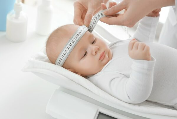 ¿Cómo puedes saber si el crecimiento de tu bebé es normal?