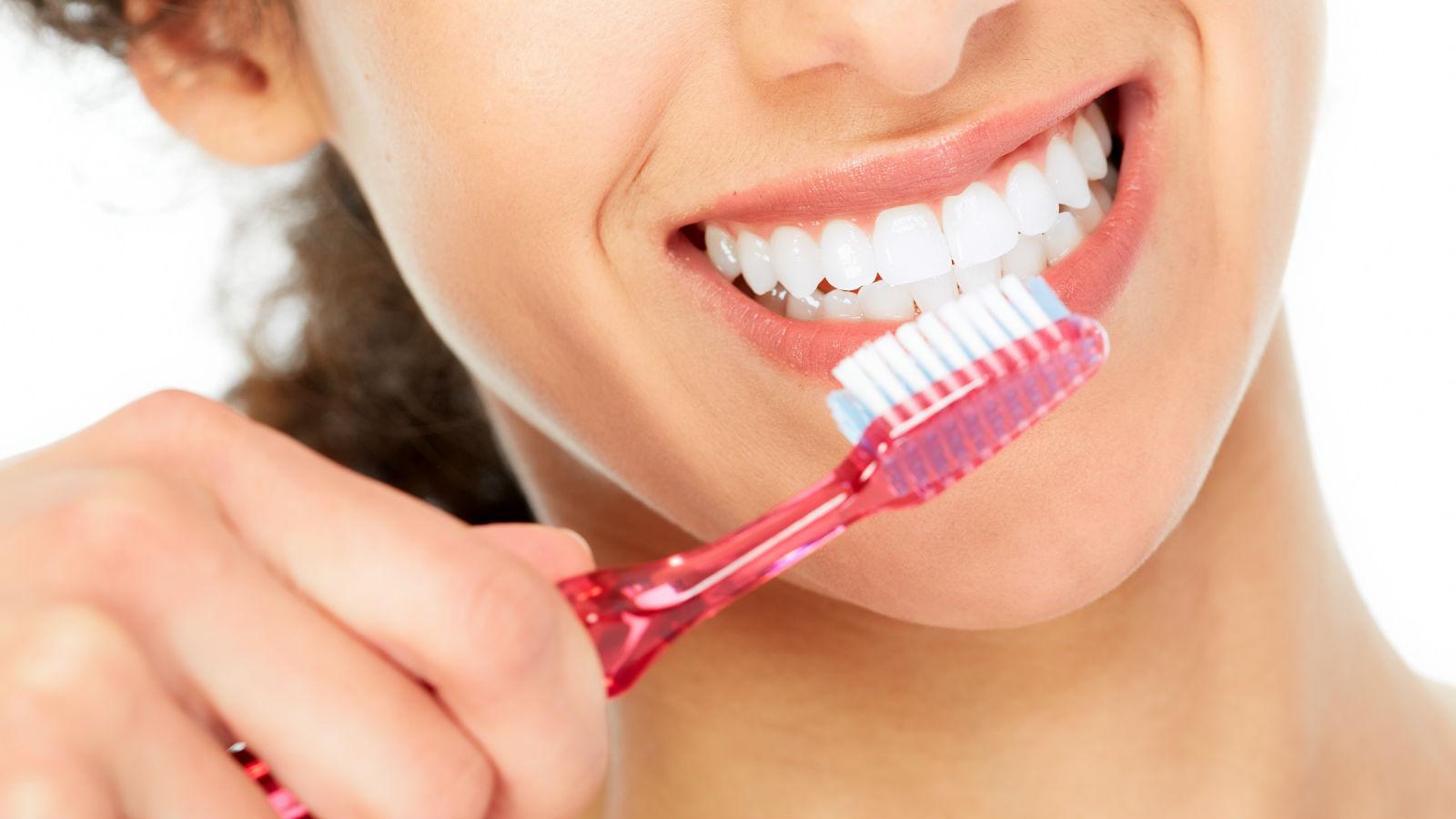 6 sugerencias para mejorar el cepillado de tus dientes