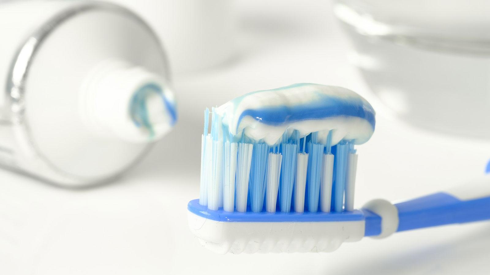 ¿Cómo elegir una buena crema o pasta dental?