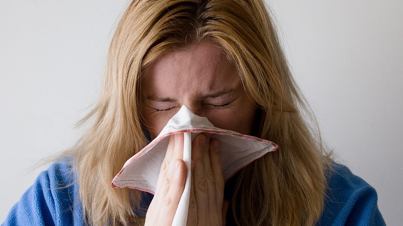 ¿Cuál es la diferencia entre la gripe (influenza) y el resfriado común?