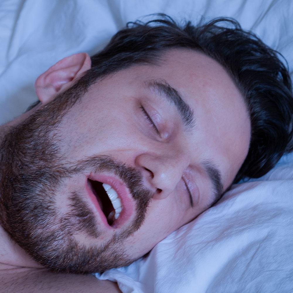 7 consejos para dejar de roncar