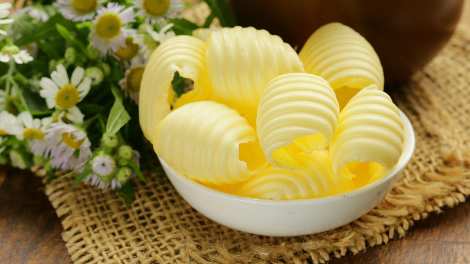 ¿Margarina o mantequilla? ¿Cuál es mejor para la salud?