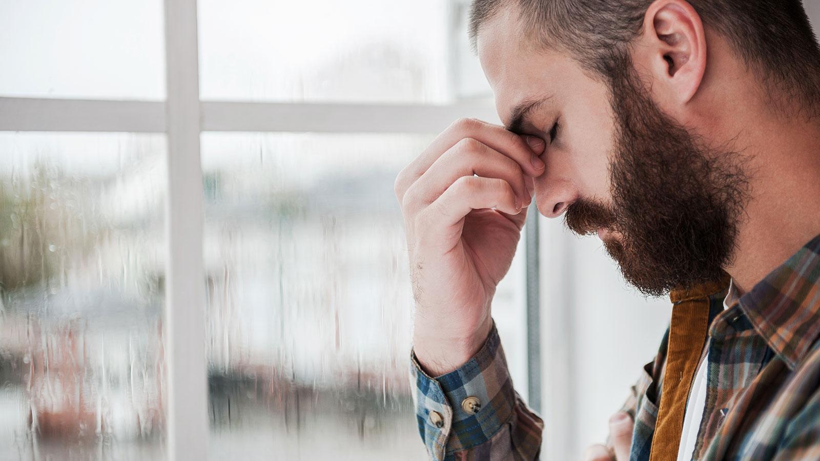 Los hombres también sufren de depresión postparto