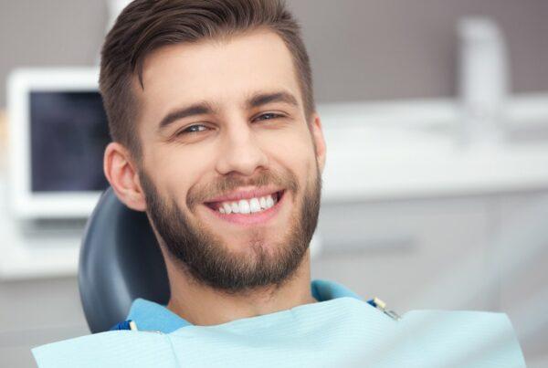 Implantes dentales: una buena opción para una sonrisa impactante