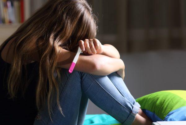 Embarazo adolescente: ¿cómo darles la noticia a tus padres?