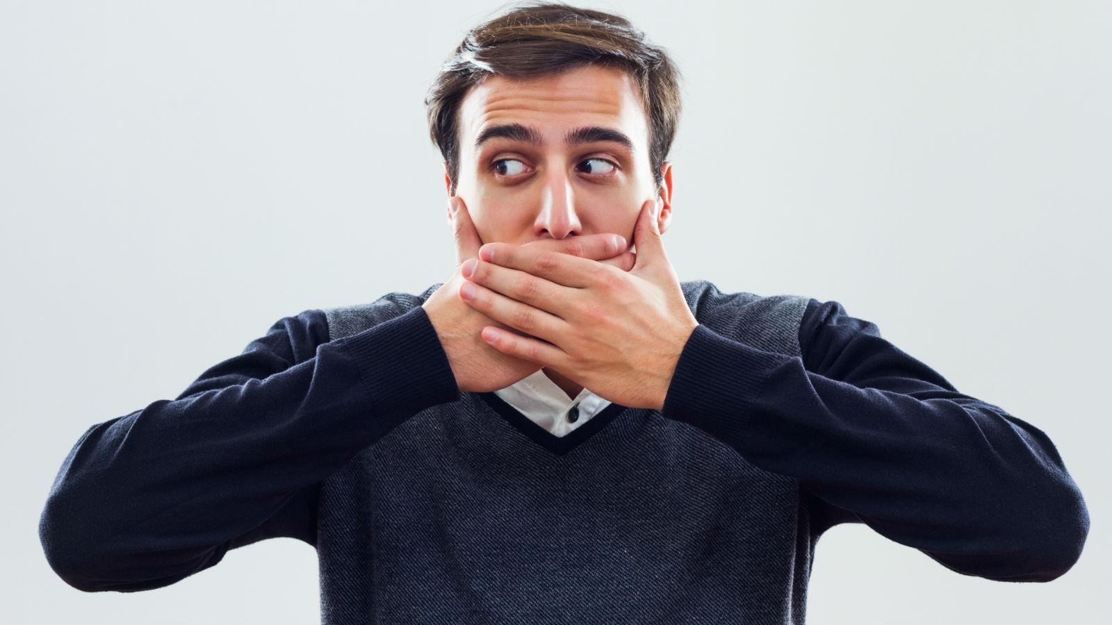 16 malos hábitos que te estropean los dientes
