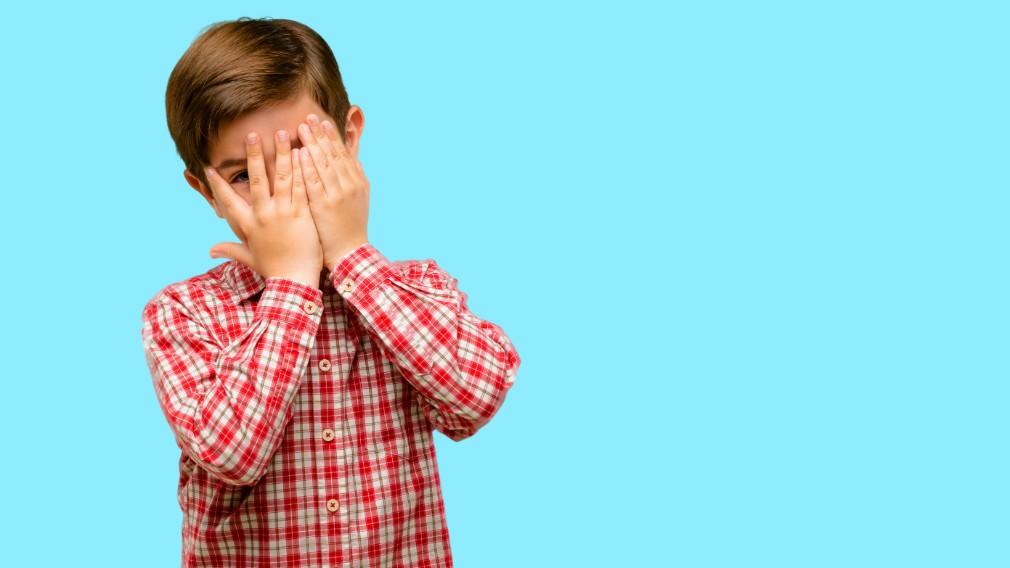 El estreñimiento puede ser el culpable de que los niños mojen la cama