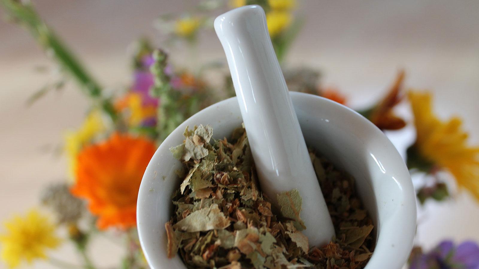 ¿Puedo tomar remedios naturales junto con la quimioterapia?