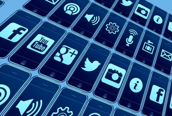 redes combaten desinformación