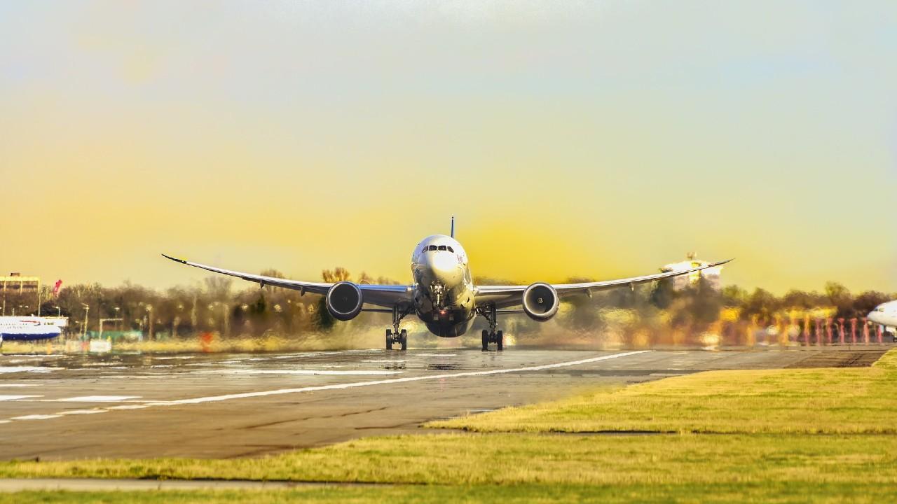 ¿Qué están haciendo las aerolíneas para sobrevivir?