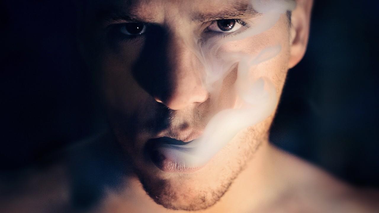 Fumadores con más riesgo de gravedad con COVID-19