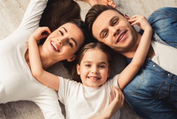 adultos y familia