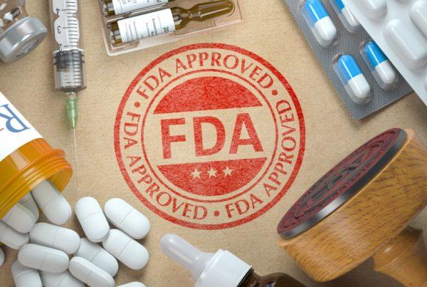 Administración de Alimentos y Medicamentos (FDA)