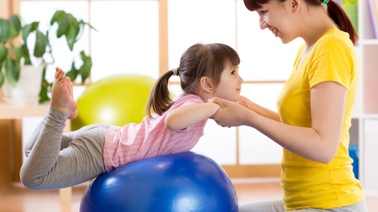 ¿Cómo incentivar a los niños a que se mantengan activos?