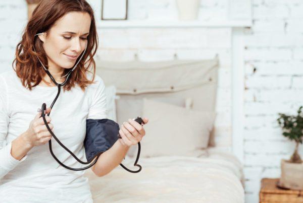 ¿Sabes cómo medir tu presión arterial en casa correctamente?