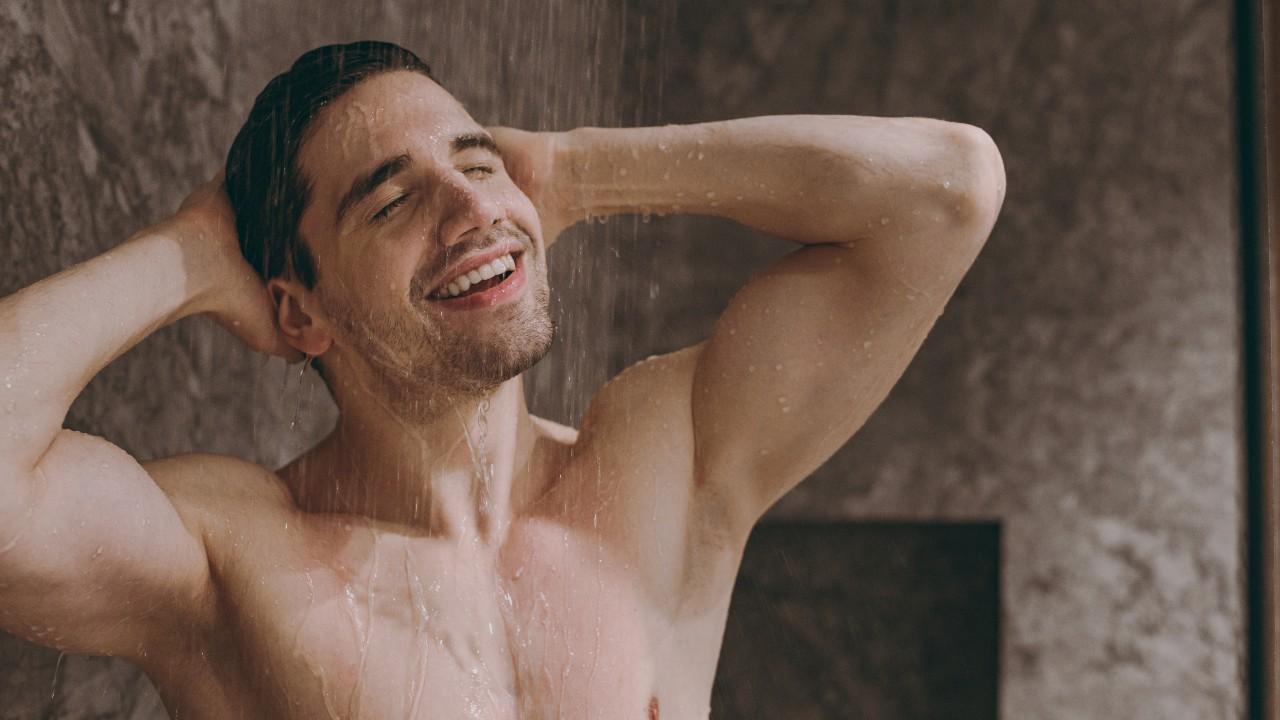 ¿Necesitas tomar una ducha o bañarte diariamente?