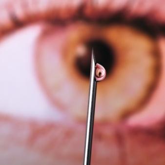 Inyecciones en los ojos, ¿una cura del pasado?