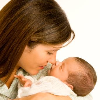 El vómito y tu bebé… ¿cuándo debes preocuparte?