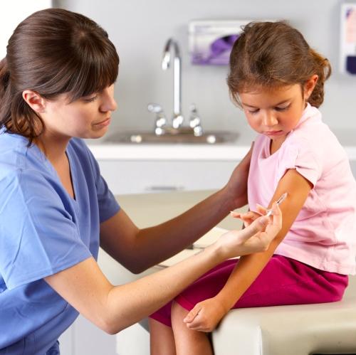 Los nuevos brotes de enfermedades infecciosas que se consideraban erradicadas o bajo control… ¿a qué se deben?