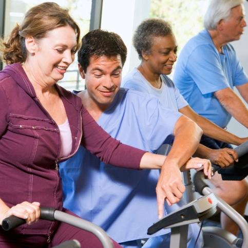 Rehabilitación cardiaca para pacientes con insuficiencia cardíaca crónica