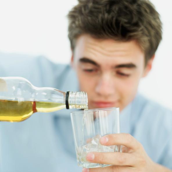 Los adolescentes y el alcohol: habla del tema ahora