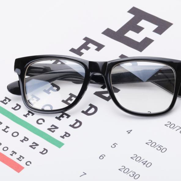 Podrías ver mejor en la consulta del oftalmólogo que en tu casa, ¿por qué?
