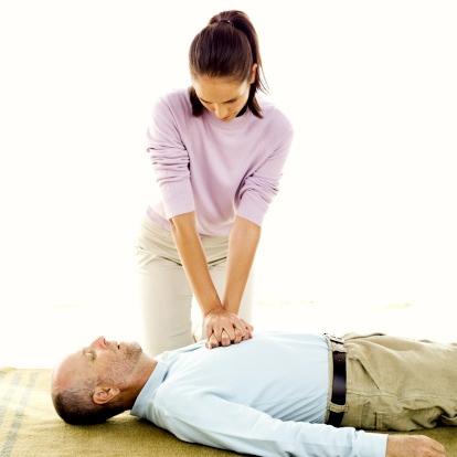 Aprende la técnica de Resucitación Cardiopulmonar (RCP). ¡Podrías salvar una vida!