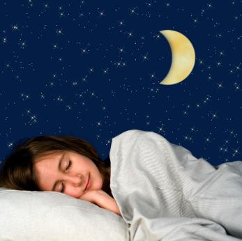 Dormir bien es la clave para verse linda