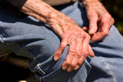 Problemas de memoria y pensamiento podrían desarrollarse en enfermos de Parkinson