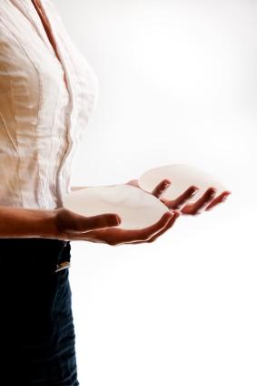 Los polémicos implantes de seno PIP