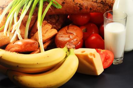 Hay alimentos que te ayudan a dormir mejor. ¡Sácales partido!
