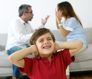 La mente de los niños se ve afectada por la violencia familiar